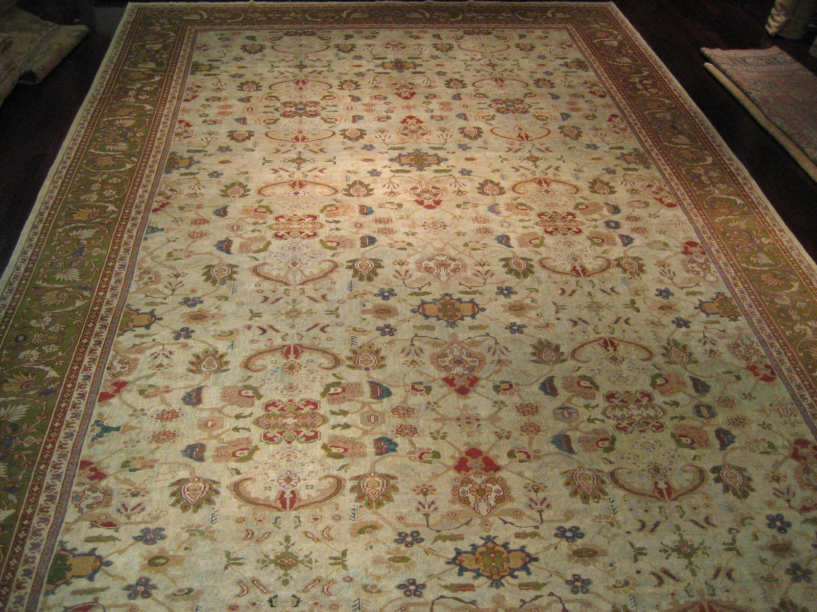 Area Rugs: Antique Persian Sultanabad